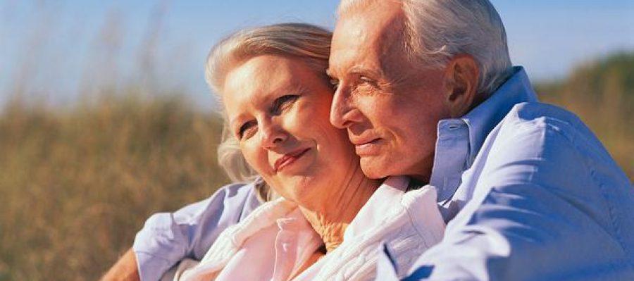dependance-vieux-couple-seniors-personnes-agees